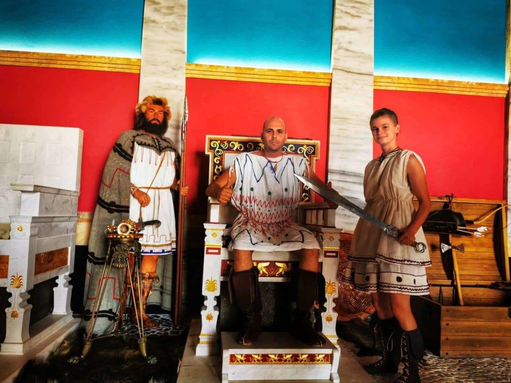 Экспозиция в историческом парке Неофит Рилски
